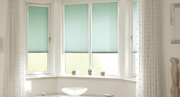 INTU Pleated Blinds